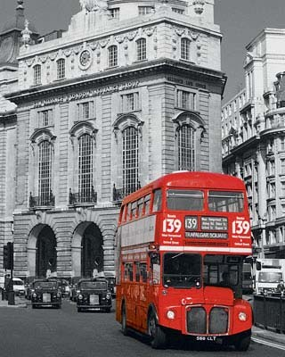 Destination Trafalgar Square - London Double Decker Bus
