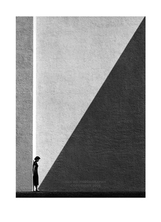 Approaching Shadow - Fan Ho
