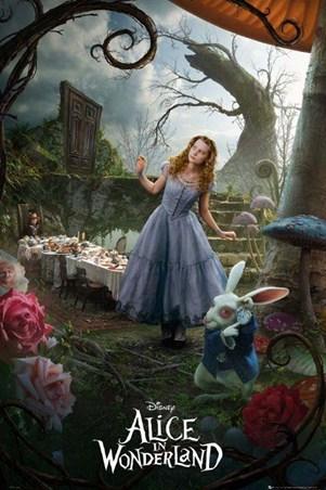 Mia Wasikowska is Alice - Tim Burton's Alice in Wonderland