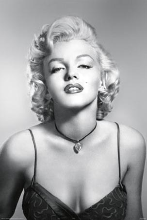 Marilyn Monroe Wearing a Diamond Necklace - Marilyn Portrait