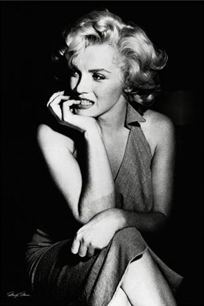 Sitting Suggestively - Marilyn Monroe