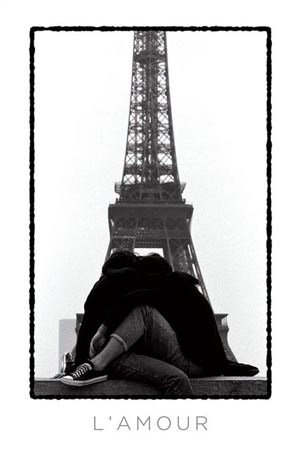 L'Amour - Lovers at the Eiffel Tower