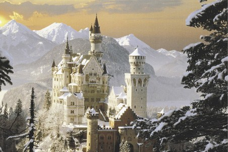 Snow Covered Castle - Schloss Neuschwanstein
