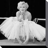 Ballerina Marilyn Monroe