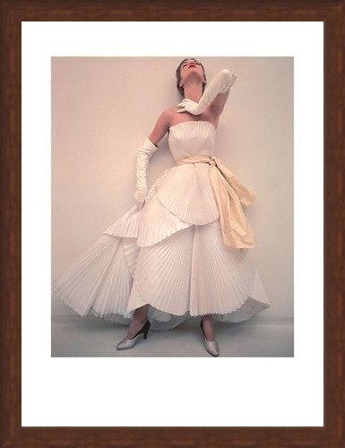 Framed Framed British Vogue, May 1950 - Norman Parkinson