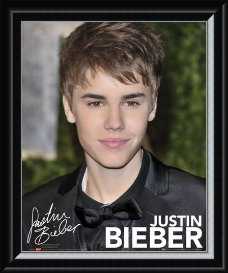 Framed Framed Canadian Superstar - Justin Bieber