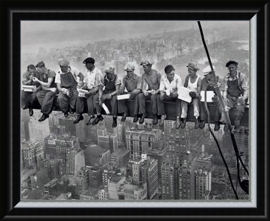 Framed Framed Lunch on a Skyscraper - Iconic New York Photo