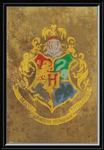 Framed Framed Hogwarts Crest - Harry Potter