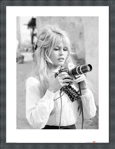 Framed Framed Brigitte Bardot - Camera - Time Life