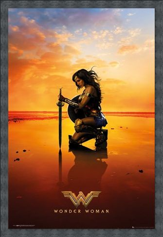 Framed Framed Kneel - Wonder Woman