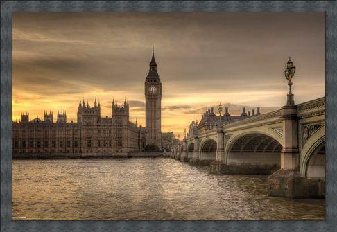 Framed Framed Big Ben - A Watchful Eye Over London
