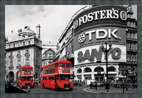 Framed Framed Piccadilly Circus - Red Buses