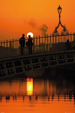 Halfpenny Bridge - Dublin - Ireland