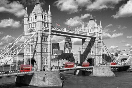Traffic on Tower Bridge - Images of London