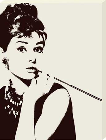 Cigarillo - Audrey Hepburn
