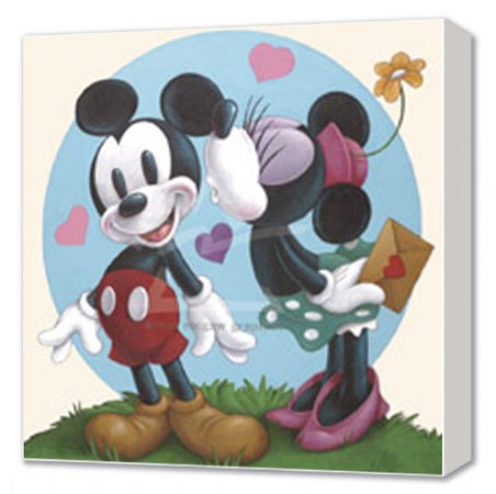 Mickey and Minnie Mouse in Love - Disney Canvas