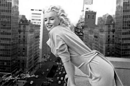 Marilyn Monroe - Manhattan Balcony