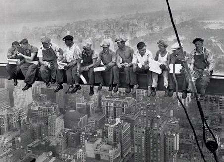 Lunch on a Skyscraper - Men on a Girder