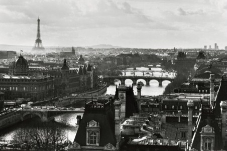 River Seine and the City of Paris, France - Peter Turnley