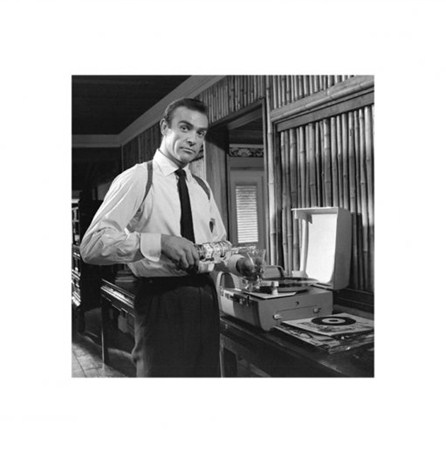 Vodka Martini - Sean Connery is James Bond