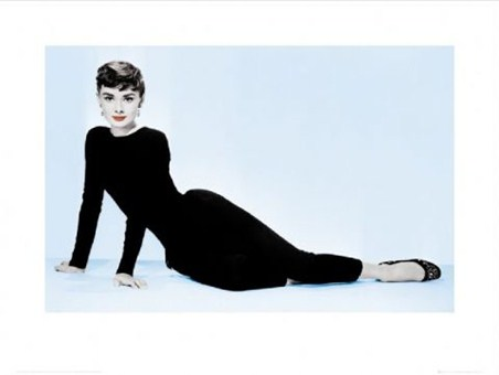 Classic Pose - Audrey Hepburn is Sabrina